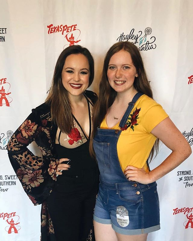 i've waited over 4 years to meet this girl/see her perform, and she didn't disappoint!! thanks for showing me so much love💜💜 #strongsweetandsoutherntour