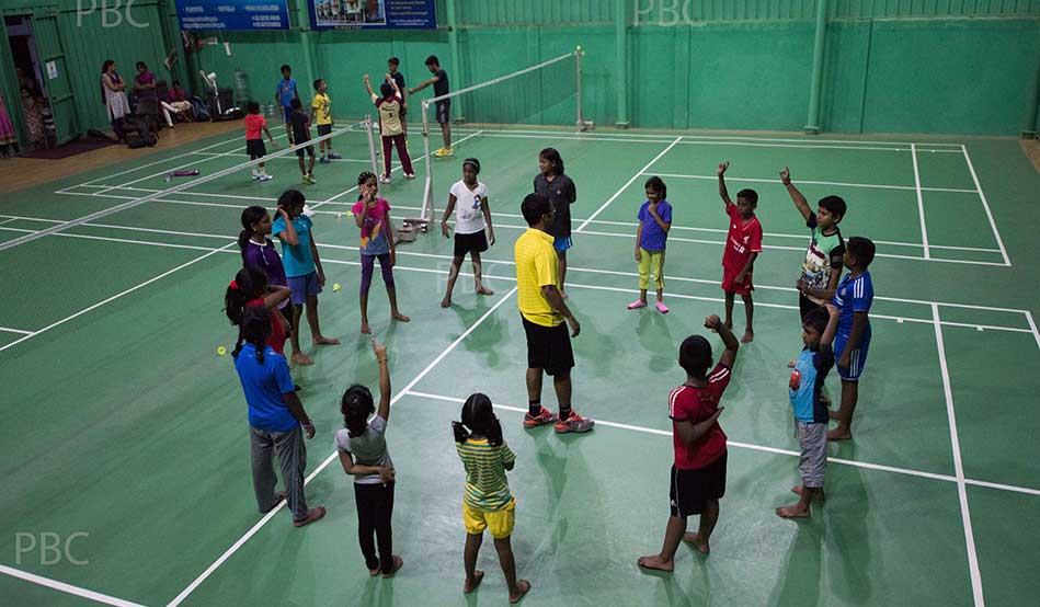 xShuttle-Badminton-courts-roofing-contractors-chennai-Pallikaranai-badminton-club.jpg.pagespeed.ic.NgYlLf-k_l.jpg