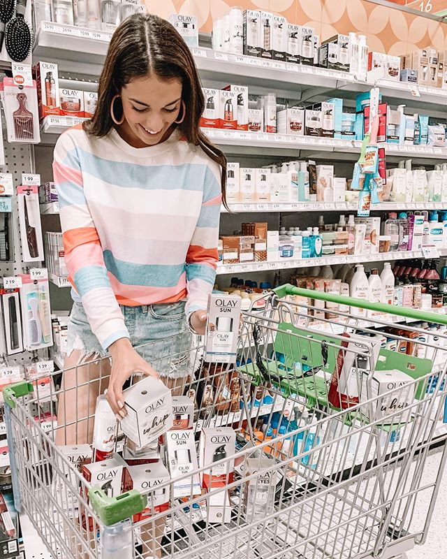 @olay 💃🏻 is a skin care brand I've used + trusted for such a long time now!!🧖🏻‍♀️ I was so excited when they reached out about partnering up to share more about their big sale happening right now at @publix (my other fave hehe) — Head over to my most recent blog post on carlylethornton.com for more details! http://liketk.it/2Cn5f #liketkit @liketoknow.it #olaypartner #publixpartner #sponsored