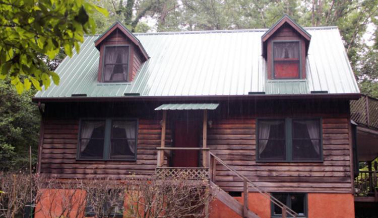 Log Cabin Metal Roofing