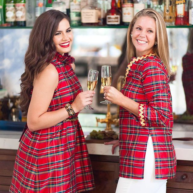 Cheers to the most wonderful time of the year with our clients @hellodobson #stlfashionphotographer