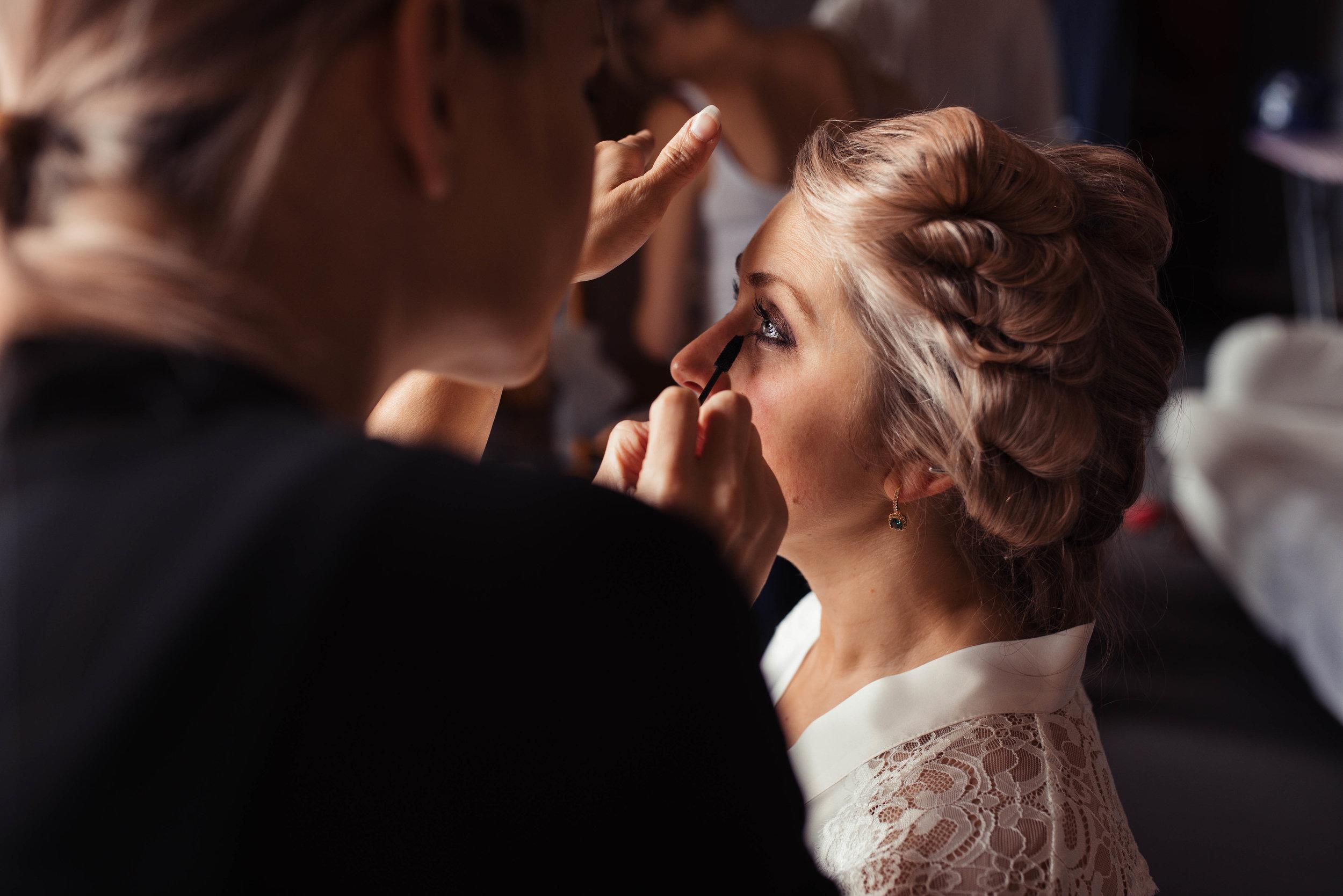 Askham-Hall-Wedding-Photography-13.jpg