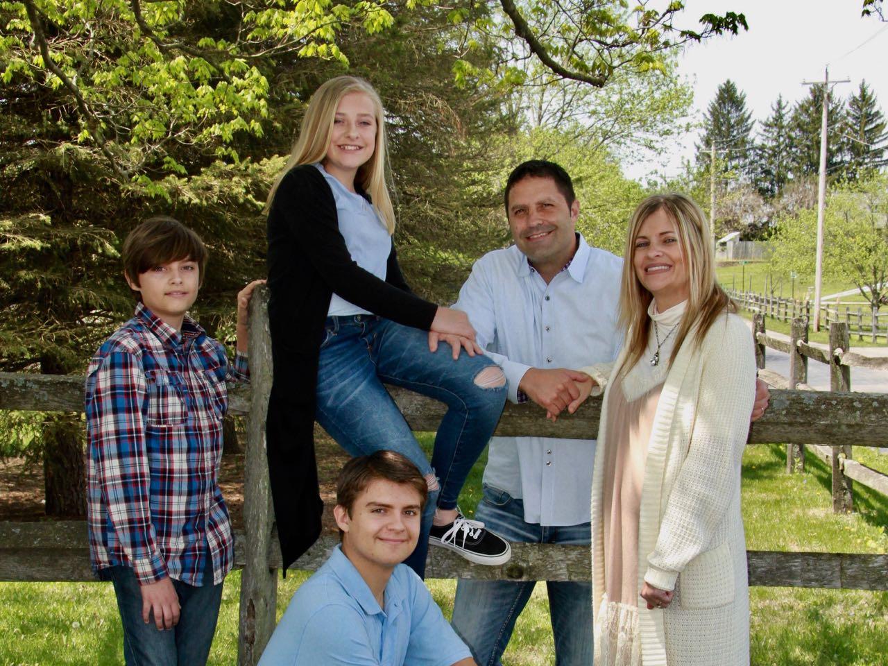62966205_harmeyer_family_photo.jpg