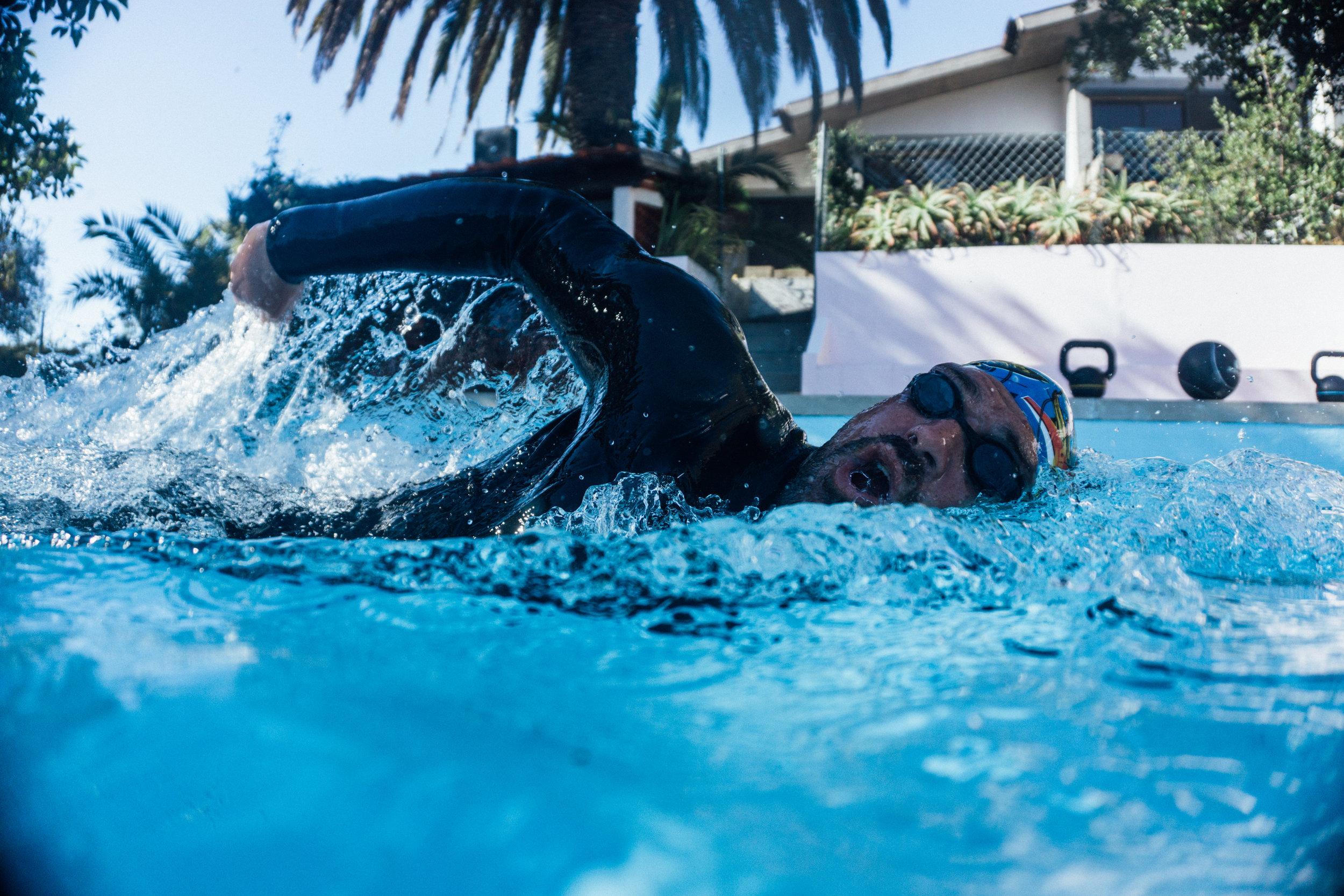 2. swim_training.jpg