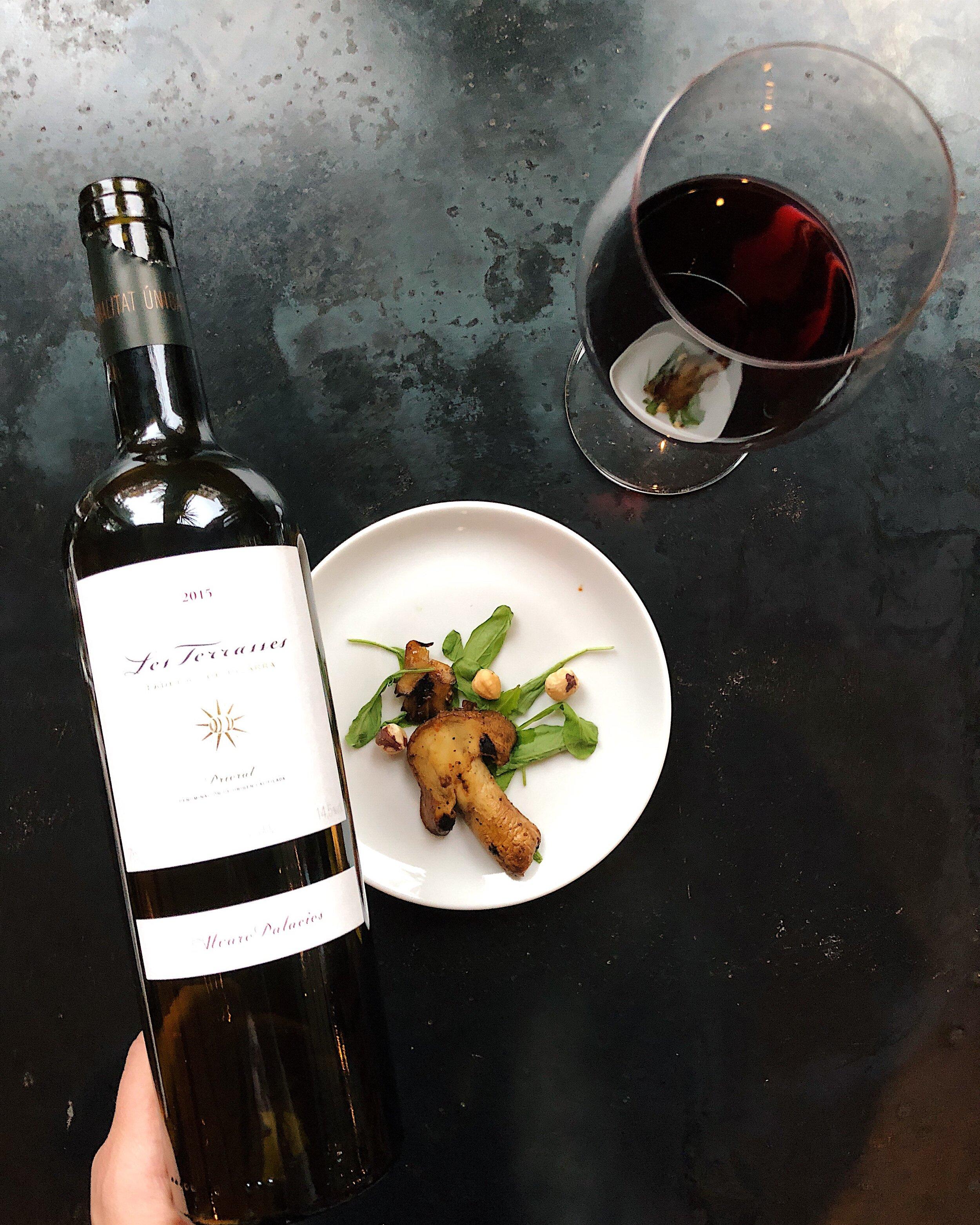 wine_wise_walk_red_portland_maine_spain.jpg