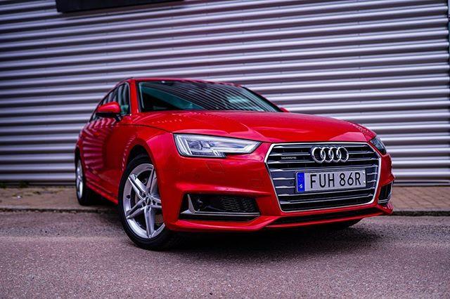 Mer komfort, ytterligare säkerhet och lägre bränsleförbrukning. - Vårerbjudande på Audi A4 Avant 40 TDI 190 hk quattro S tronic Proline Sport: - Business by Audi - pris från ca: 348.700 kr  Prisbasbelopp: 7,5  Business lease ca.: 3.895 kr/mån  Förmånsvärde netto: 2.392 kr/mån - Vi på Bilab hjälper er till en så smidig och lönsam bilaffär som möjligt! - Varmt välkomna in till oss på Trollhättevägen 18 Kungälv!🌟