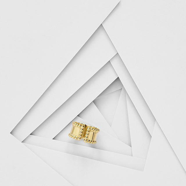 The Capulet. - - - - - #sonaweaver #madeinla #losangeles #18kgold  #goldring #jewelry #ring #gold #handmadejewelry  #oneofakind  #jewelrygram #coolhunter #weho #manrepeller #ringsonrings #goldweaver