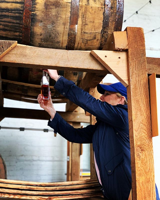 People come from far and wide to experience drawing their own bottle of craft cask strength bourbon straight out of the barrel. Then of course they also have to hand label and cork it. Come by the tasting room this weekend and experience it for yourself 🥃😋✍🏼👌🏻 #bourbon #tapthebarrel #barreldrawn #visitlex #kyproud #kytourism #bluegrassdistillers #craftbourbon #kentuckybourbon #kentuckybourbontrail