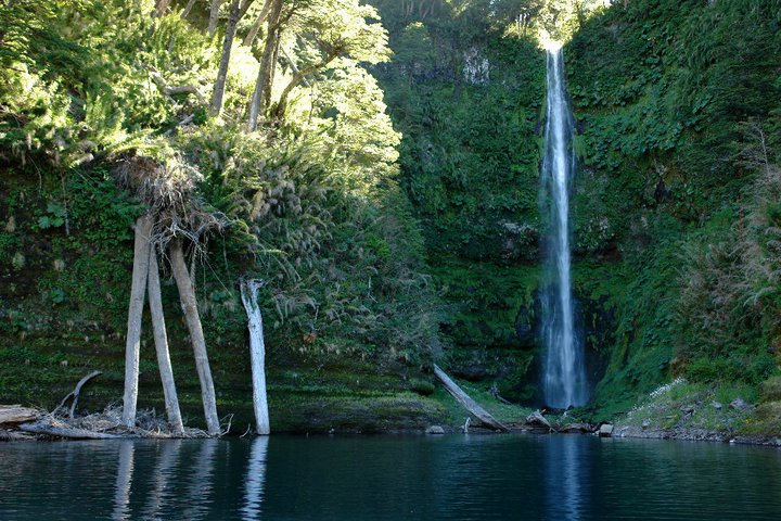 Adventure Travel, photography tours, hiking and touring Conguillio National Park with Samadhi Eco Resort, Chile