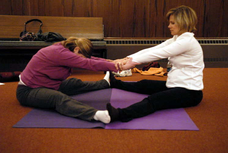 Stacy yoga class  65jolyn's.jpg
