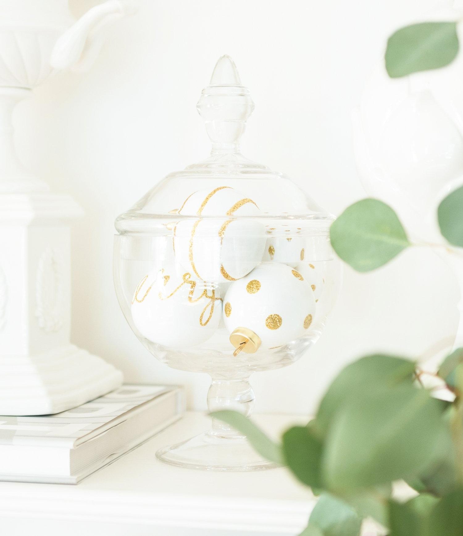 christmas_ornaments_apothecary_jar.jpg