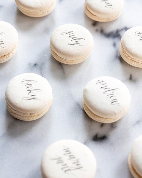 french-macaron-escort-card-calligraphy.png