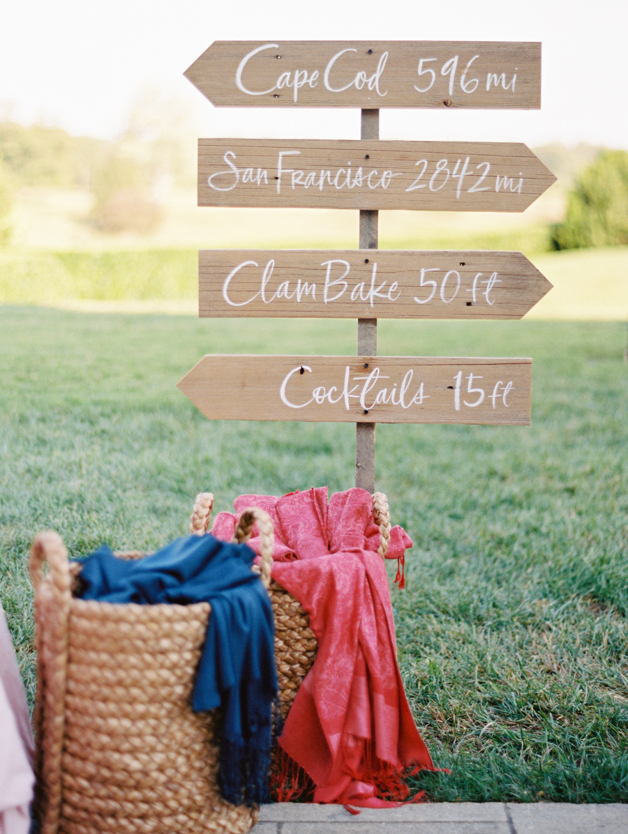 clambake-signage.jpg