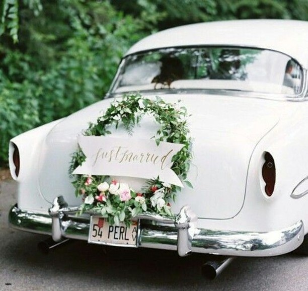Love a getaway car. Who's in? . 📸: laurenbalingit . . . #weddingphotographer #weddingphotography #filmphotography #weddingtransport #weddingcar  #elegantbride #elegantwedding #elegantweddingideas #funwedding #funweddingideas #outdoorwedding #gardenwedding #gardenweddingideas #getawaycar #vintagegetawaycar #vintagewedding #classicwedding #weddinginspo #weddingideas #weddingstyle #weddingexit