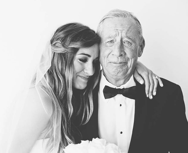Happy Father's Day to all the amazing fathers out there! . 📸: @myonelove . .  #fathersday #fathersday2018 #fatherdaughter #fatherofthebride #fatherdaughterdance #fatherdaughtermoment #parentsofthebride #bride #bridestyle #weddingphoto #littlethingstheory #weddingmoments