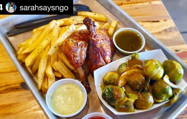 #Repost @sarahsaysngo ・・・ I wish I had gotten more chicken rather than sides cause that Peruvian rotisserie chicken was SO GOOD, thanks @bravazorotisserie . . . . . #food #foodie #foodporn #foodstagram #instafood #foodgasm #nom #lunch #legacywest #legacyfoodhall #chicken #peruvian #rotisserie #fries #brusselsprouts #foodhall #plano #chimichurri #sauce