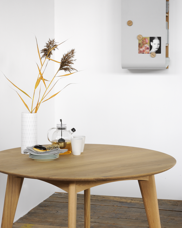 53031 Osso round table - Oak (2).png