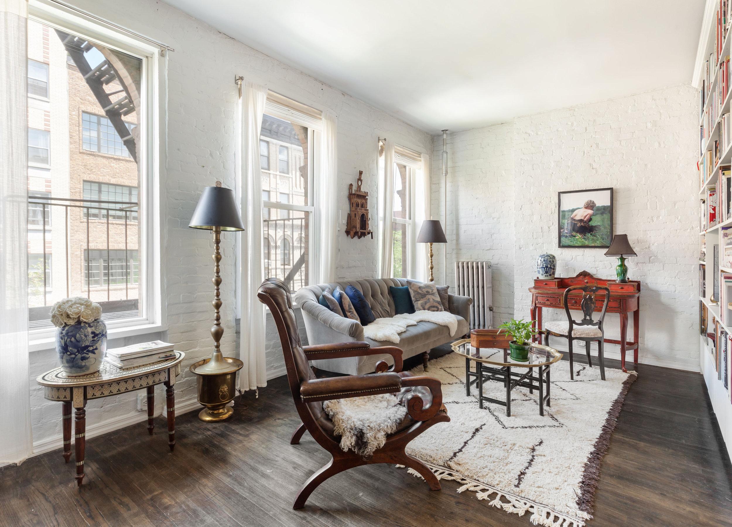 224 East 7th St, Unit 13  East Village, Manhattan   $949,000  2 Beds | 1 Baths | 850 SF