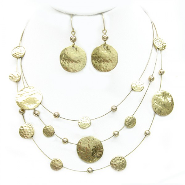 gold-hammered-illusion-necklace-and-earrings-set_13.jpg