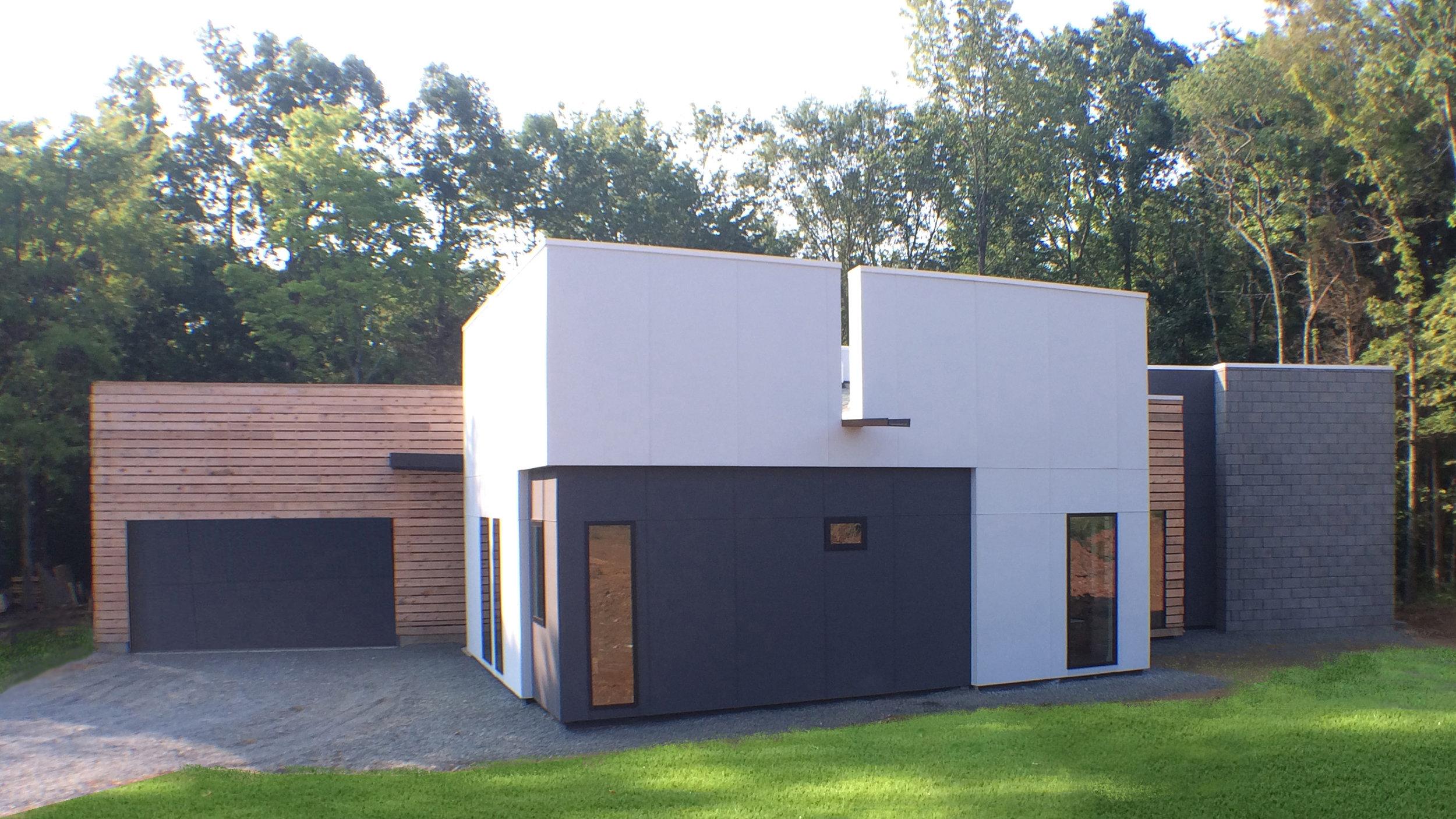 modern one story house in harrisburg nc