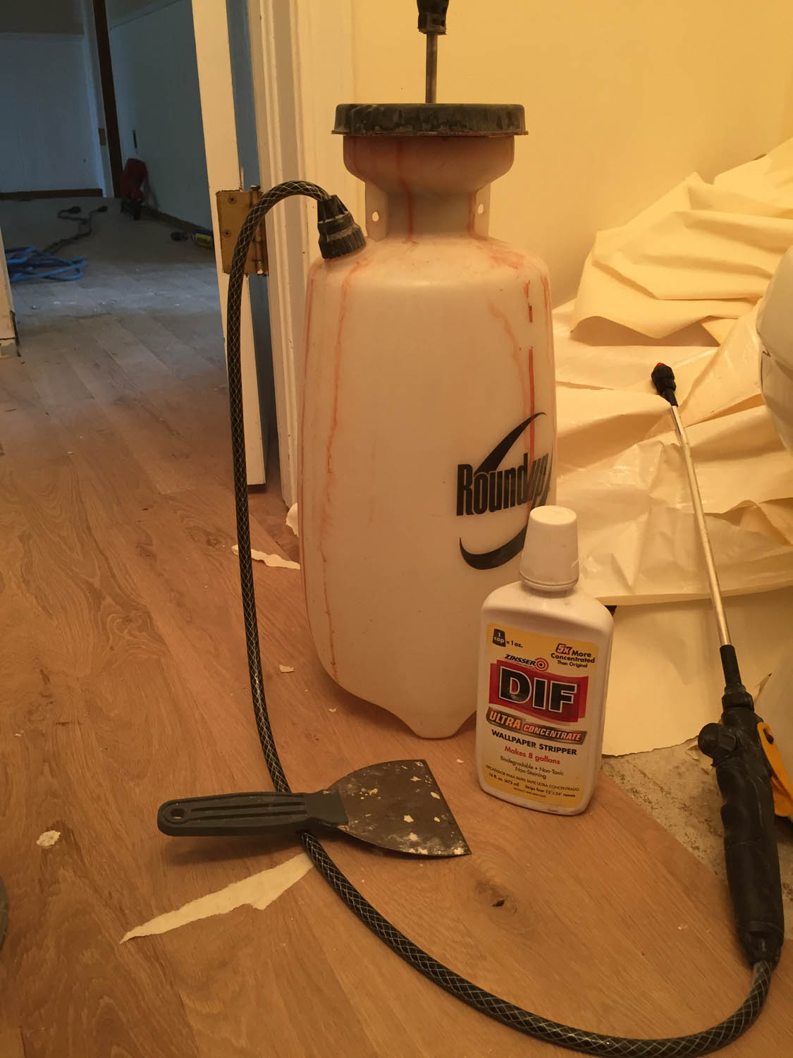 wallpaper removal tools and supplies