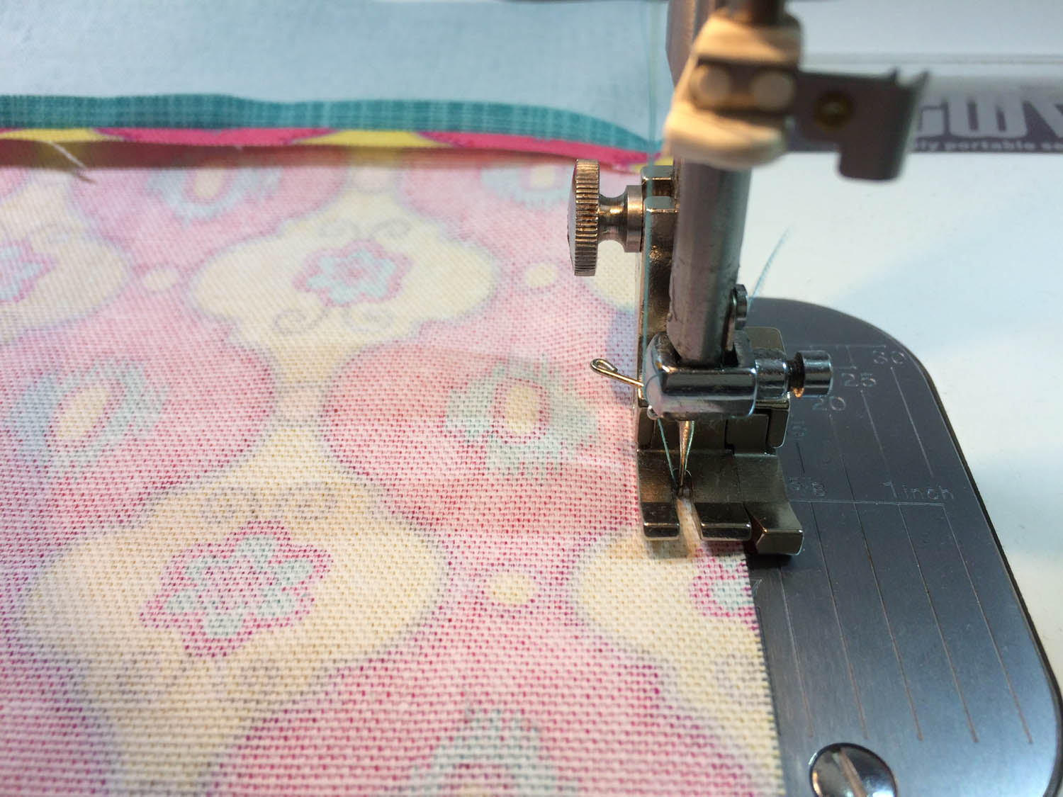 sewing the side seams of tote bag