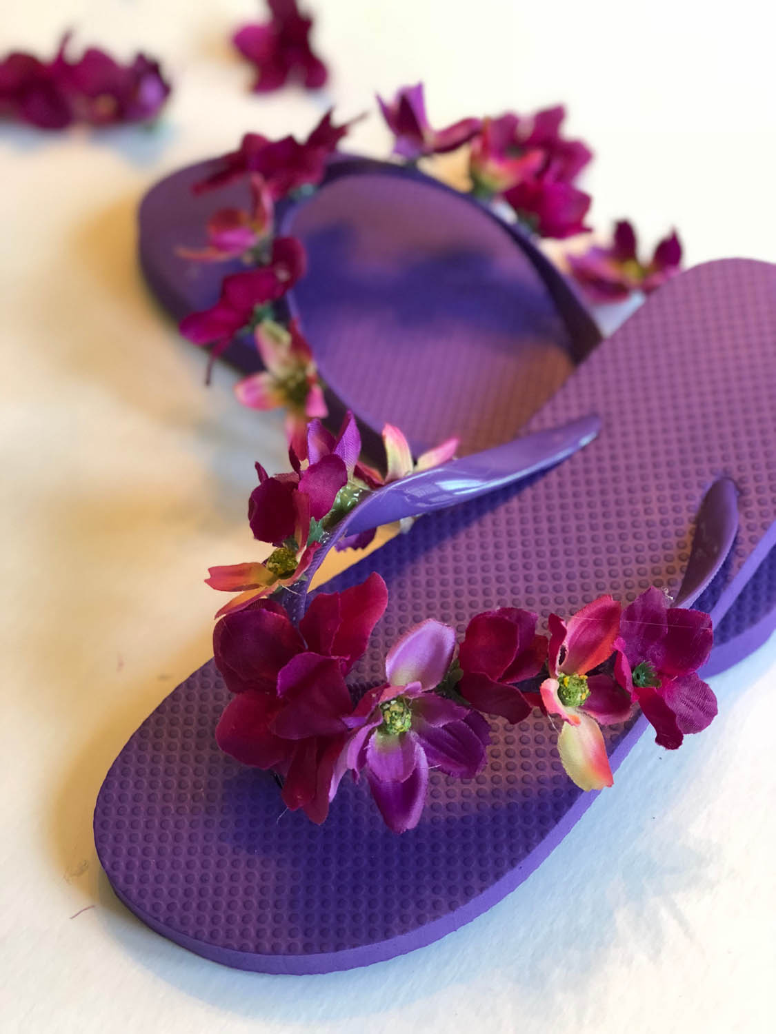 How to embellish flip flops with silk flowers