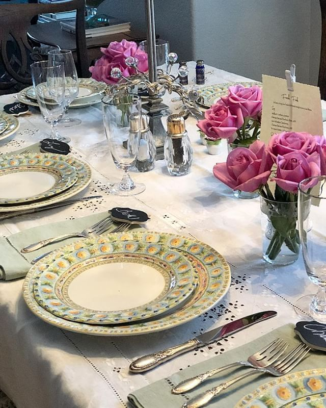 I adore setting a pretty table for a special (or any) occasion! See my post under Food & Entertaining on my website http://ow.ly/4DIa50ikZpt for more highlights from this special dinner for my women's book club! #bookclub #tablesettings #tabledecor #creativeliving #lifestyle #prettytables #interiordecor #diningroomdecor #ilovedecorating #friendship #foodandentertaining