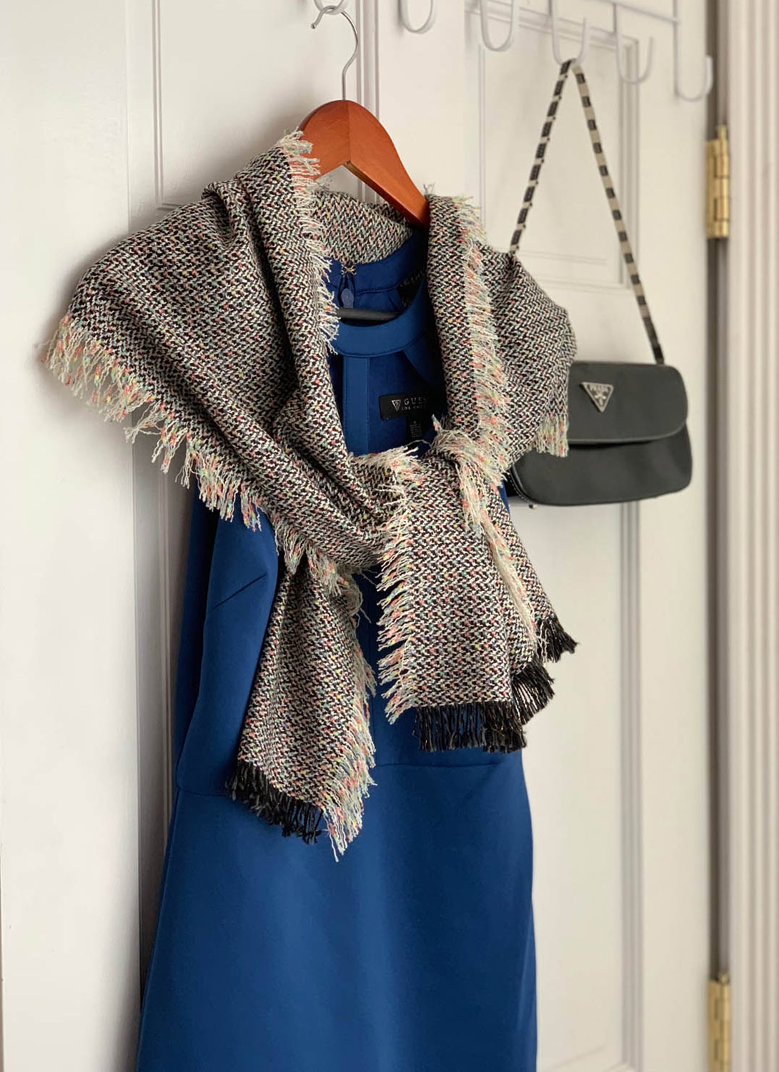 No-Sew Fringed Fabric Scarf…Fast! - One third yard of drape-able, reversible upholstery-weight fabric and about thirty minutes is all all you need to complete this fun fashionable wardrobe essential!