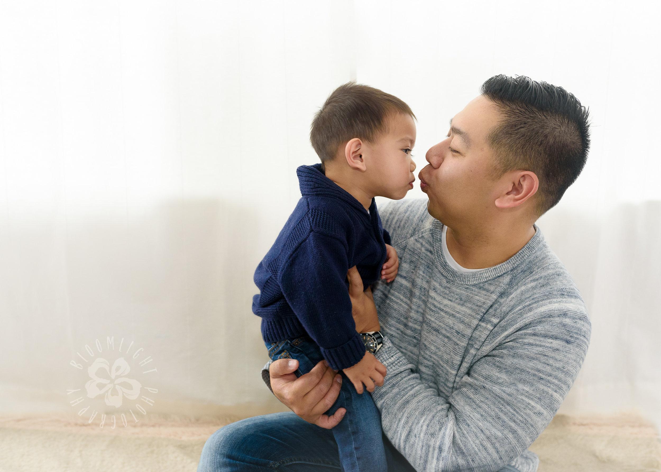 Toronto-GTA-baby-family-indoor-at home- photographer-69-2.jpg