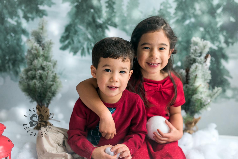 Toronto-NorthYork-Christmas-Minis-Holiday-Photographer-baby-children-kid-photo (1).jpg