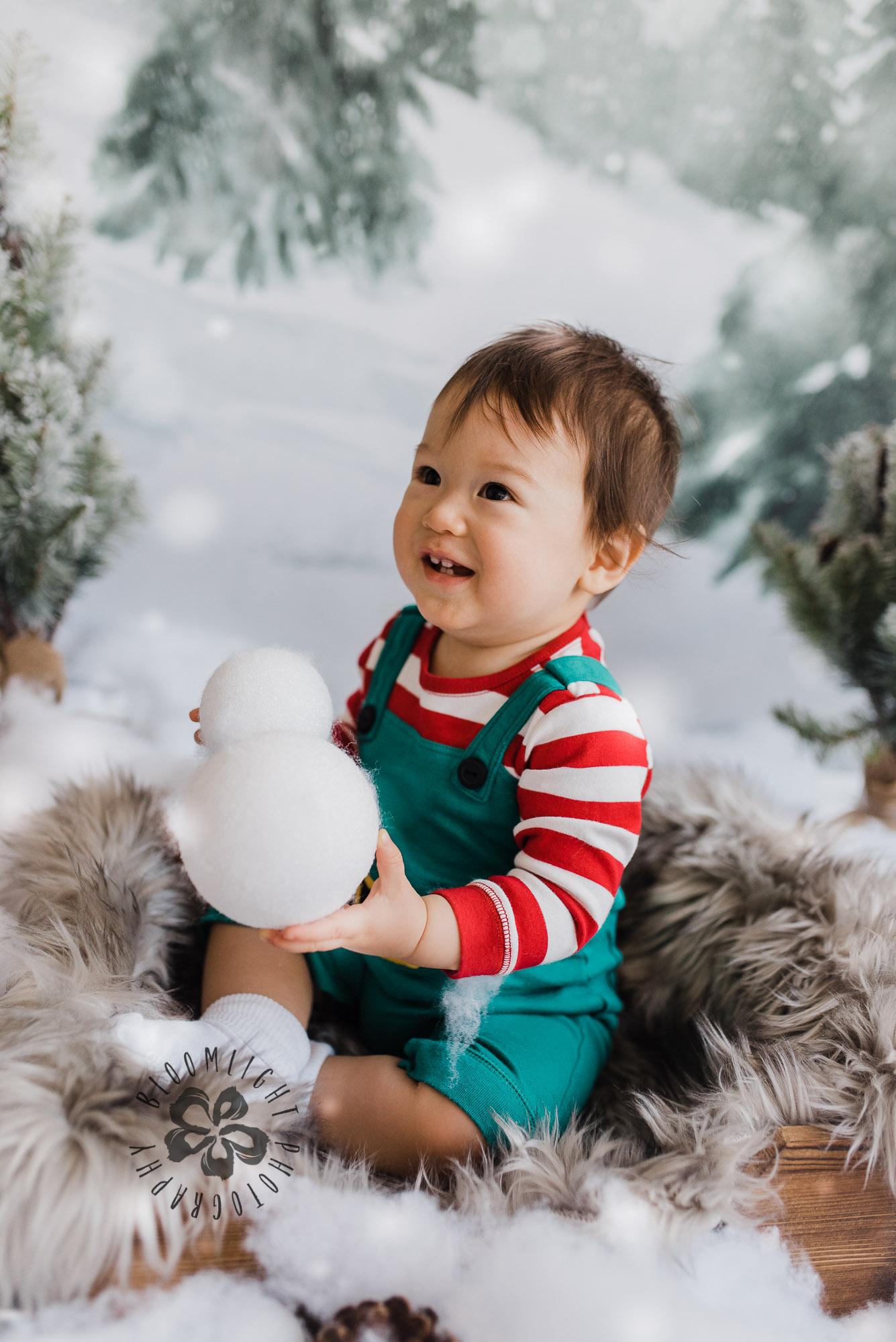 Toronto-NorthYork-Christmas-Minis-Holiday-Photographer-baby-children-kid-photo (24).jpg