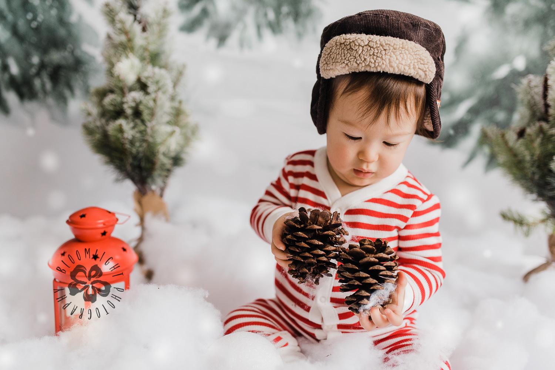 Toronto-NorthYork-Christmas-Minis-Holiday-Photographer-baby-children-kid-photo (33).jpg
