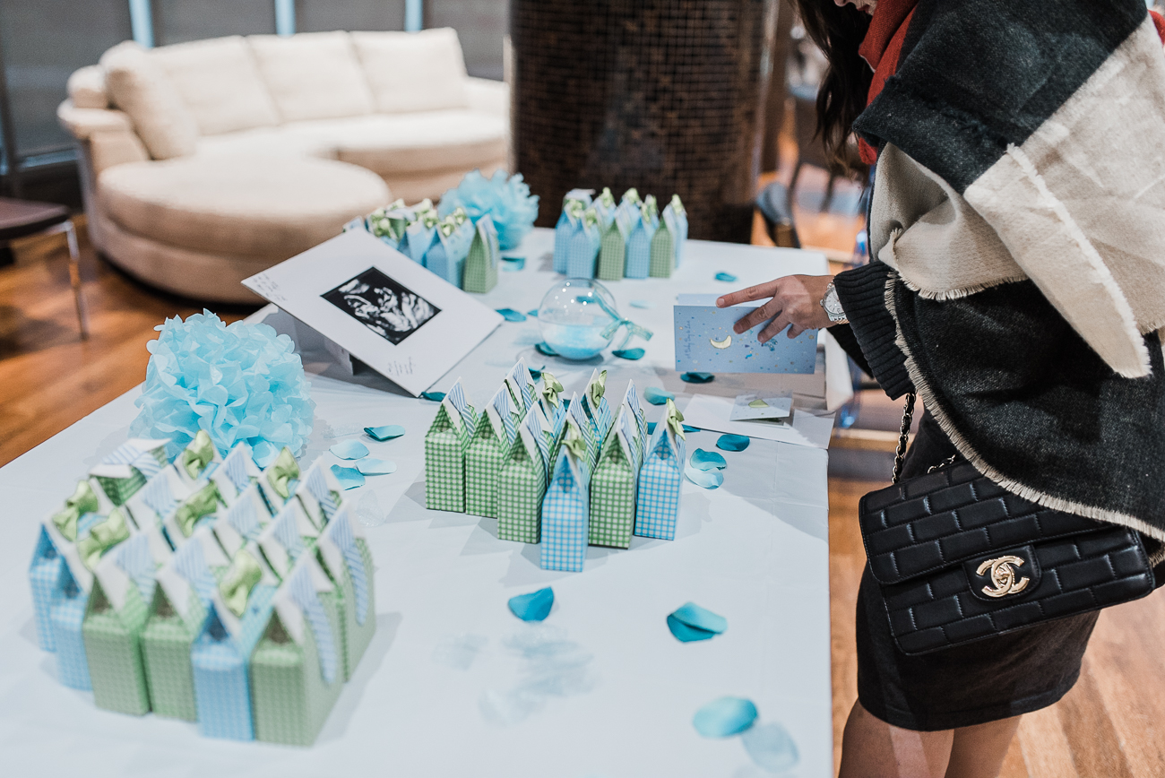 North York-baby-shower-photography-with-blue-color-theme (20).jpg