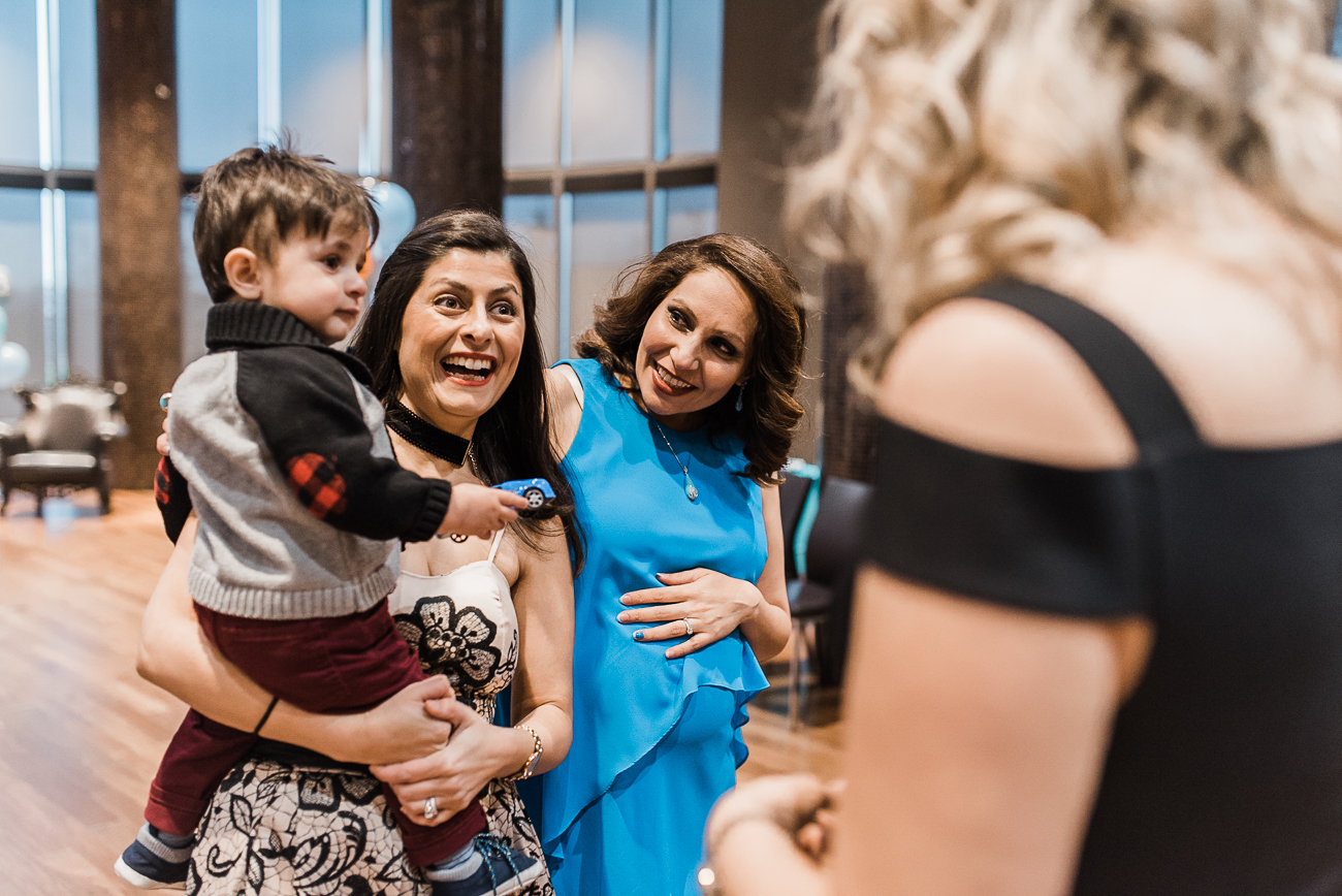 North York-baby-shower-photography-with-blue-color-theme (25).jpg