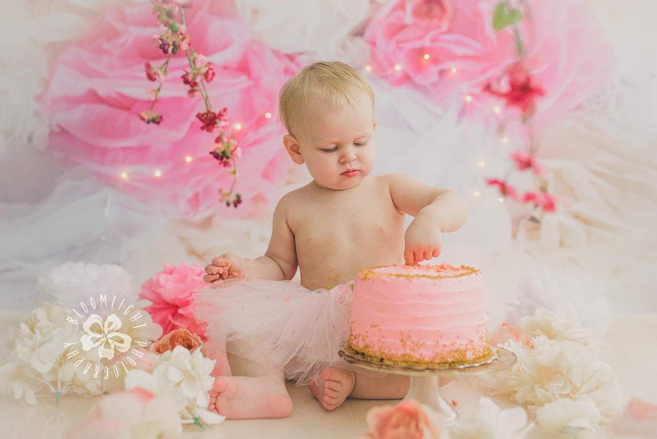 Toronto baby turn one year old in her spring theme  old  cake smash photography (3).jpg