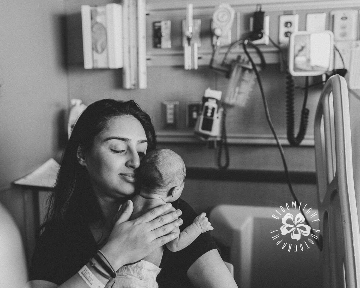 Toronto-North York-in-hospital-fresh 48-newborn-lifestyle-photographer.jpg