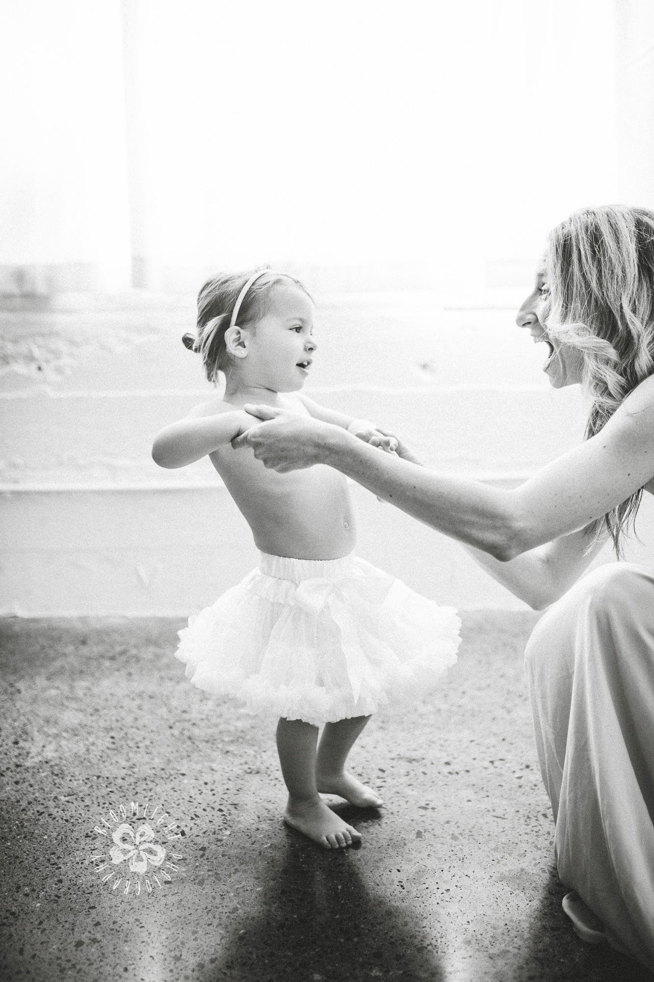 lifestyle-baby-mom-bloomlight-photography.JPG