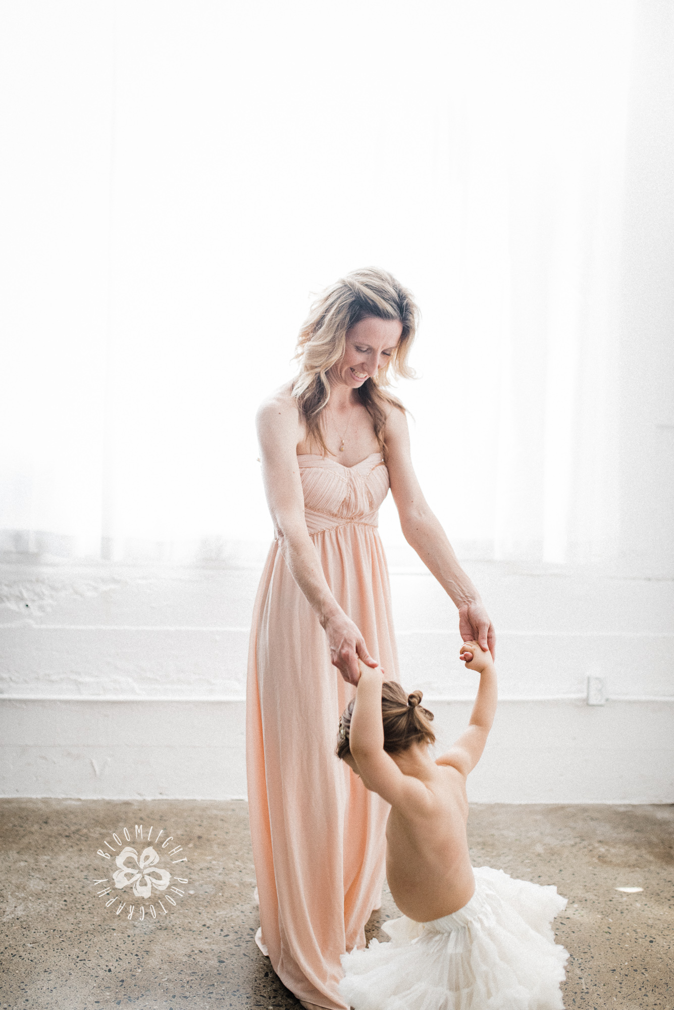 mom-baby-dance-photo-studio-Toronto-lifestyle-photographer.JPG