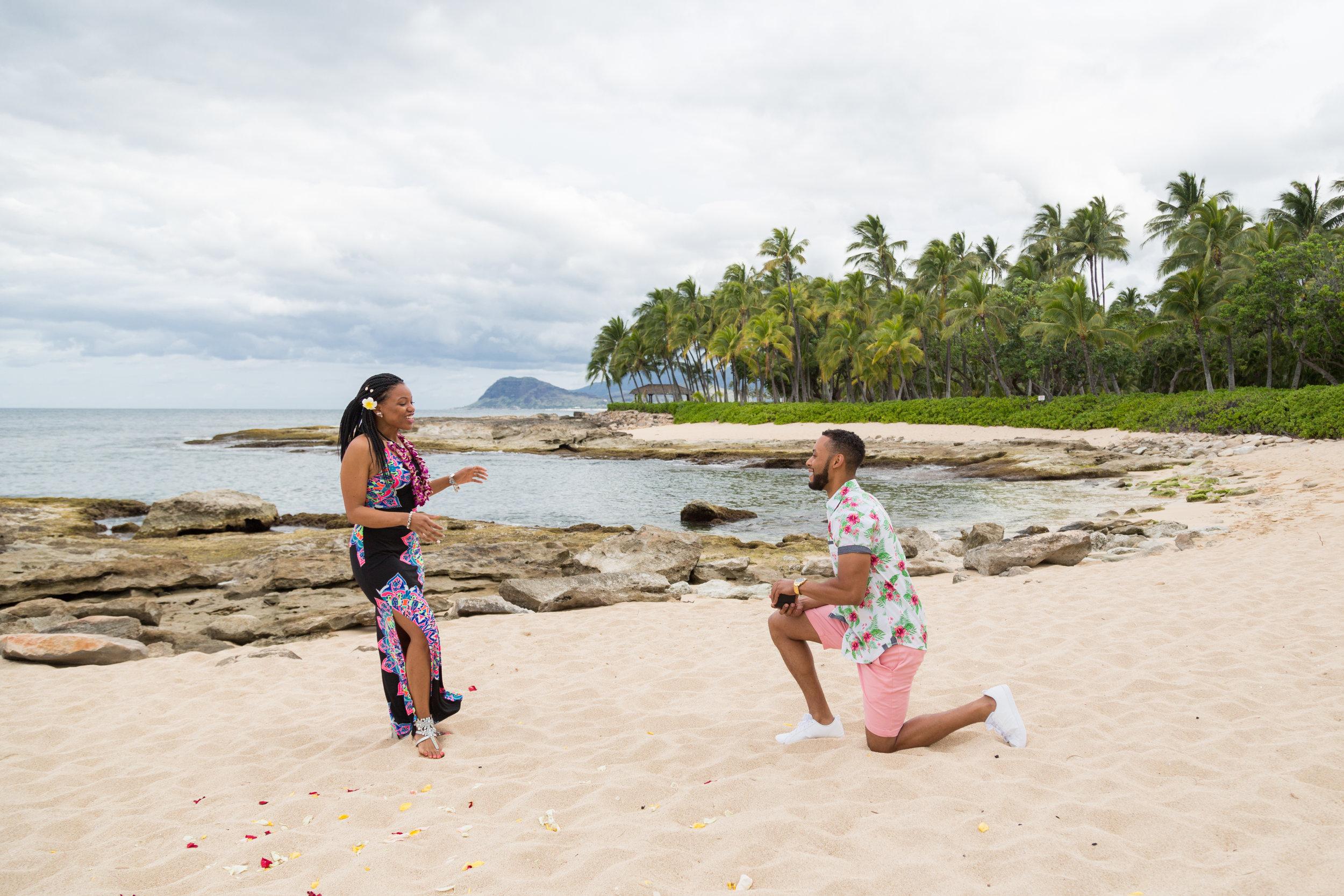 Four_Seasons_Oahu_KoOlina_Proposal_Photographer_16.jpg