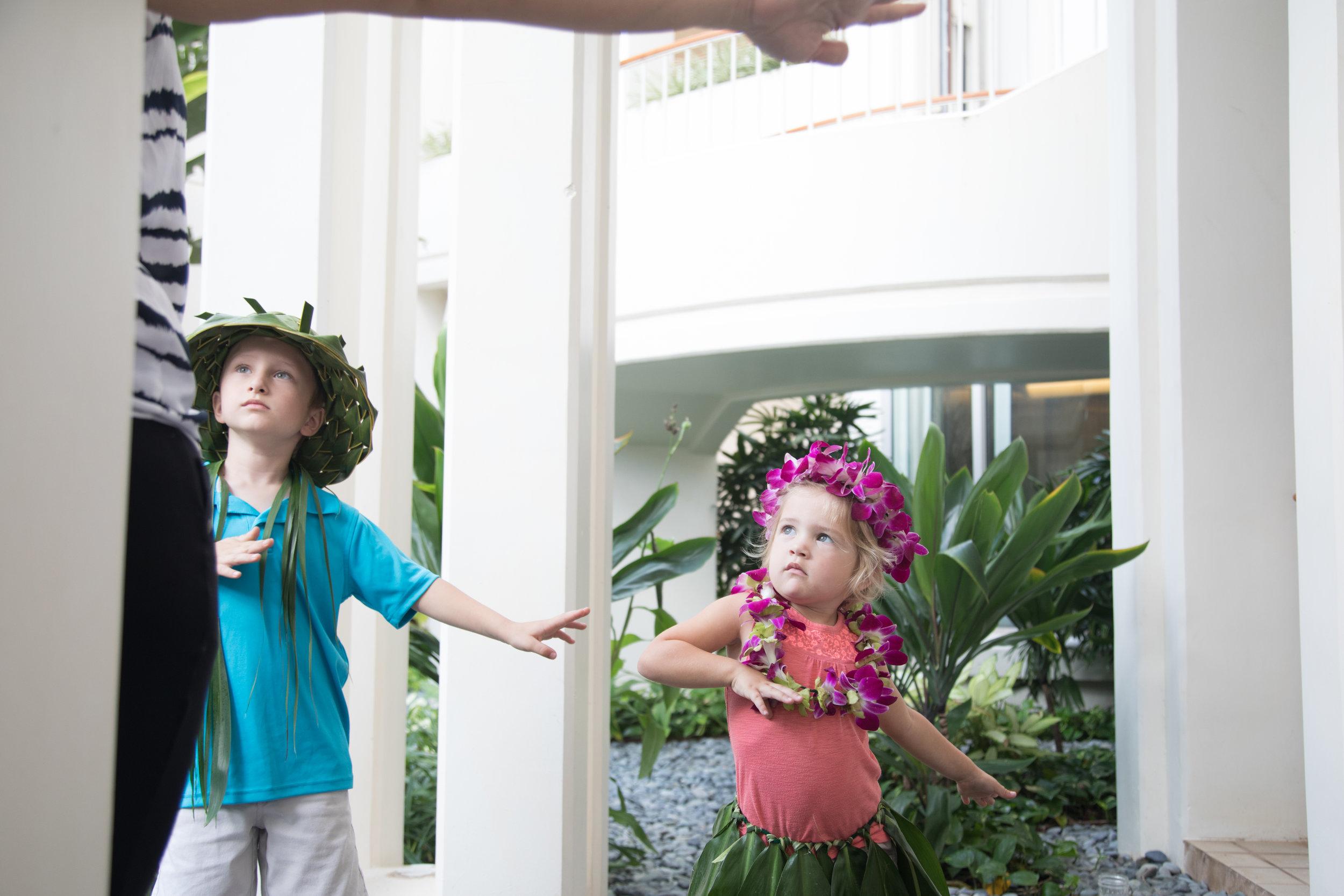 Hula_Four_Seasons_Oahu_Photographer_4.jpg