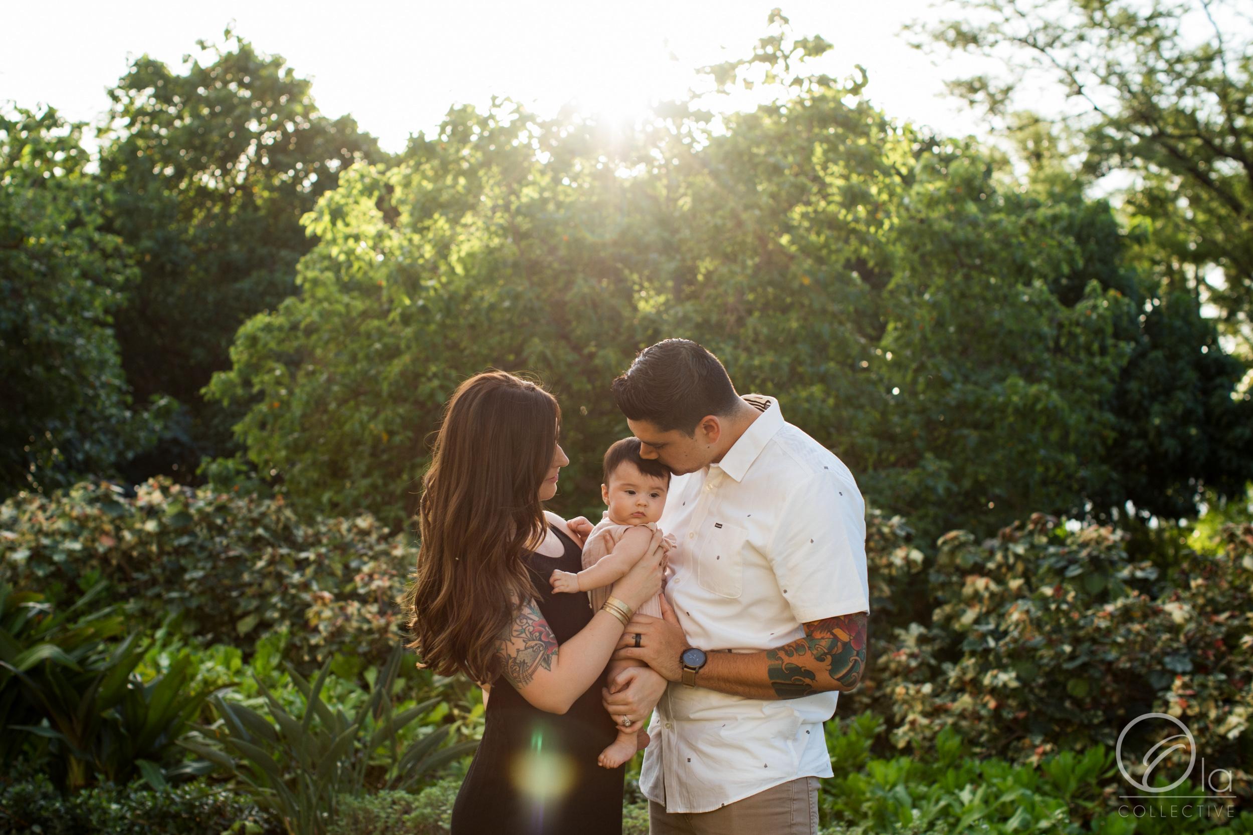 Ko-Olina-Oahu-Family-Photographer-Ola-Collective-1.jpg