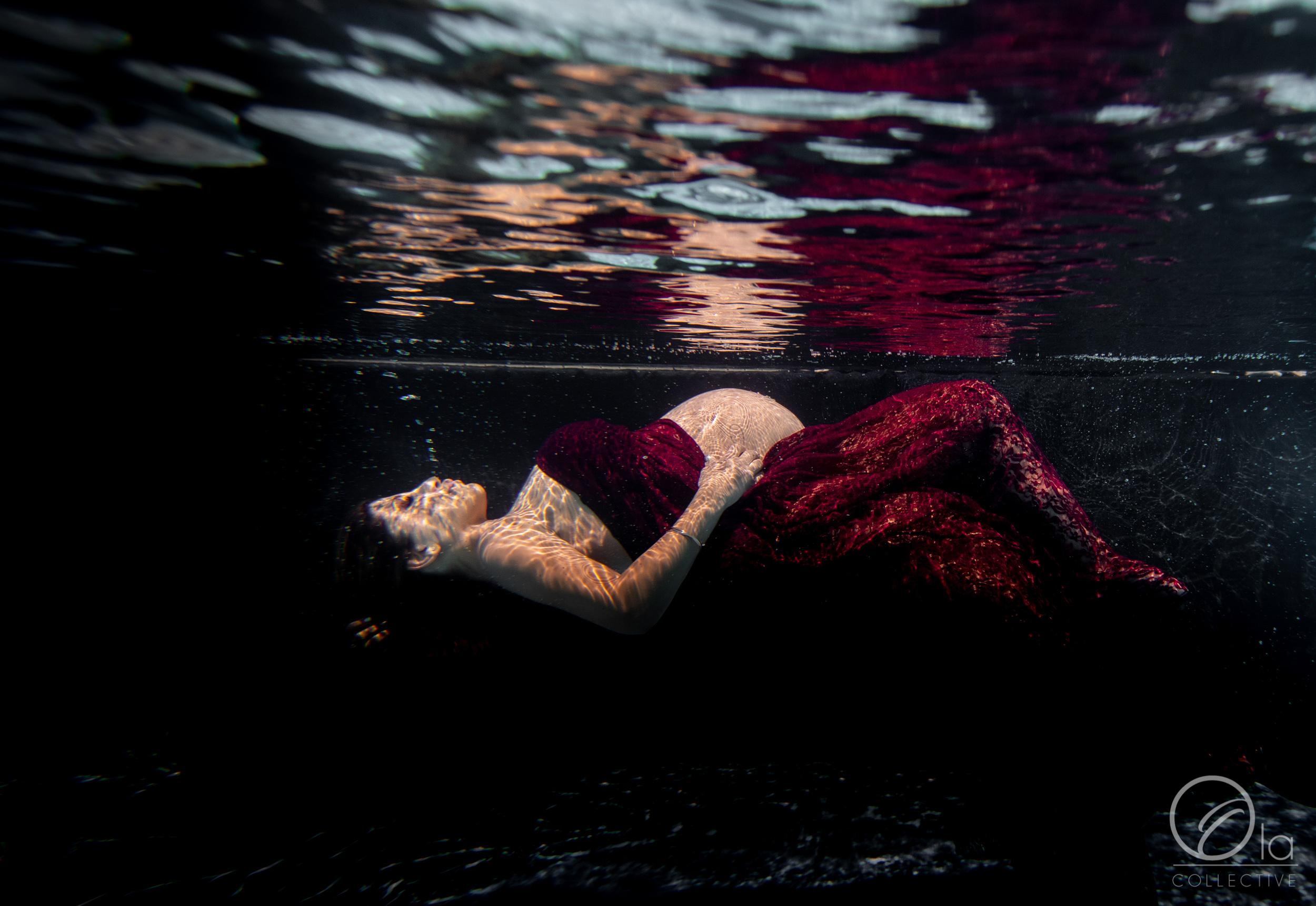 Ko-Olina-Oahu-Maternity-Photographer-Ola-Collective-9.jpg