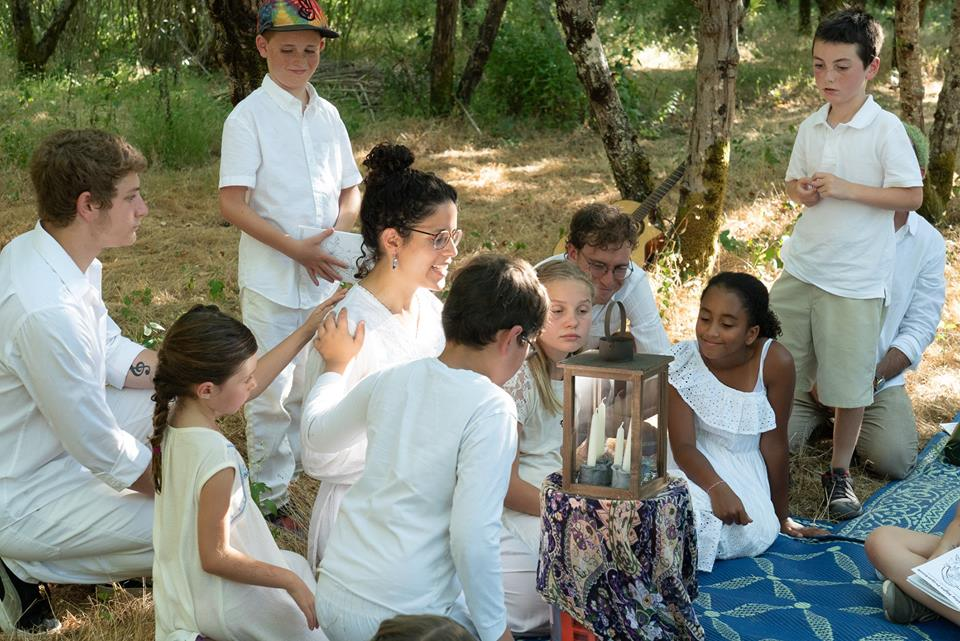 Ritual Leader - Anat leads prayer and ritual, grounded in her study of traditional Jewish prayer, earth-based experiential Jewish ritual and education, and her connection with the Divine through the Earth. Most recently, she was the Director of Yahadut (Judaism) and Music at Eden Village West, and led High Holiday services at Cornell University.