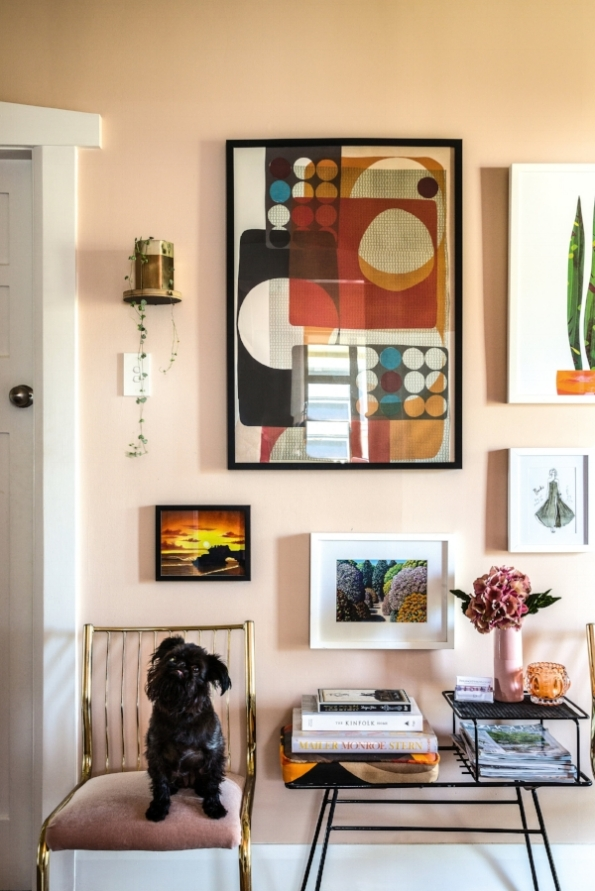Image courtesy of  NZ House and Garden magazine . Photo credit: Paul McCredie. This is the home of  Michelle Matangi , with an eclectic and very personal art collection (and a really cute dog!).