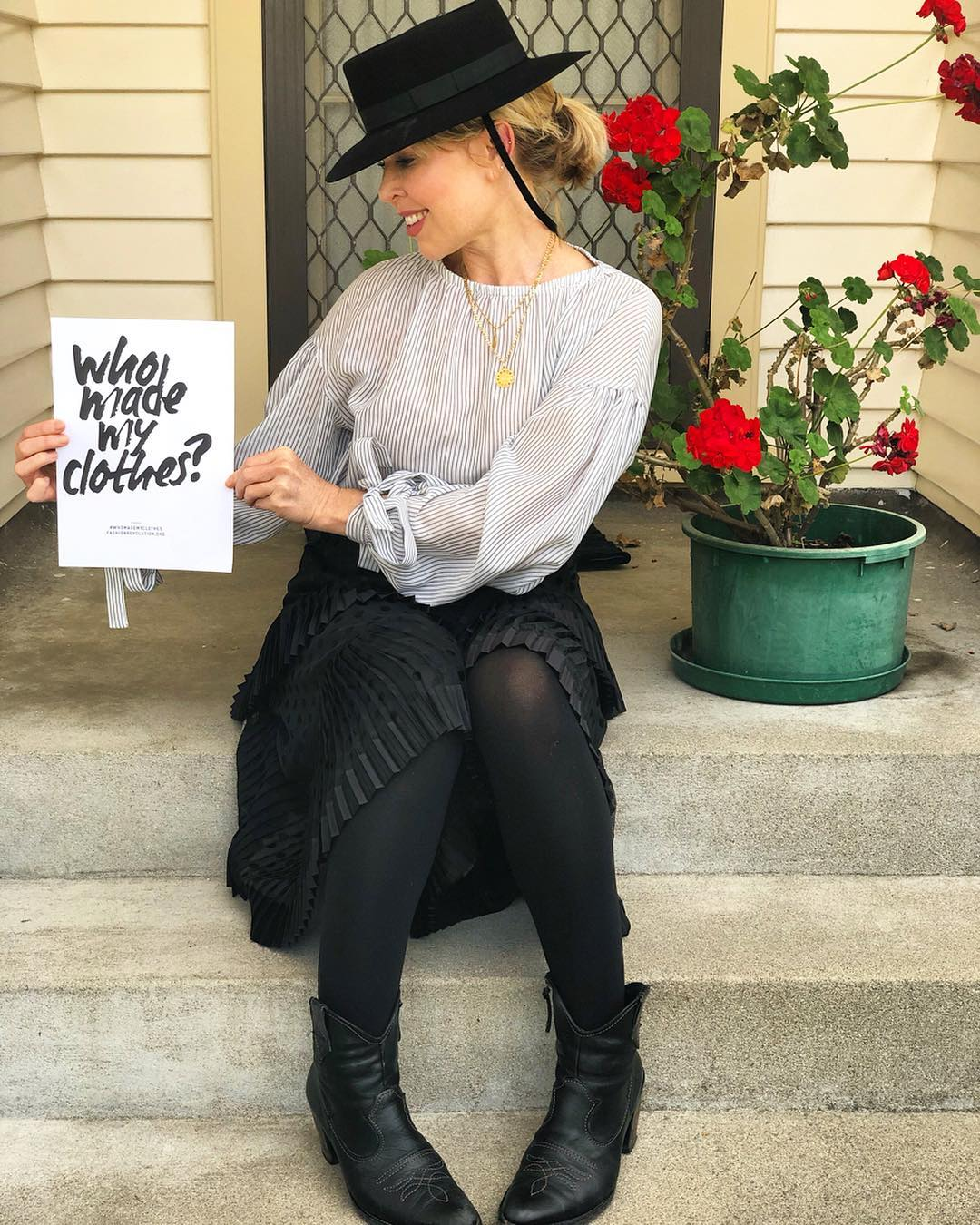 Who made my clothes? The Conscientious Fashionista for Fashion Revolution