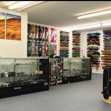 Highland Skate Shop - 8808 Kennedy Ave, Highland, IN 46322highlandboardshop.com
