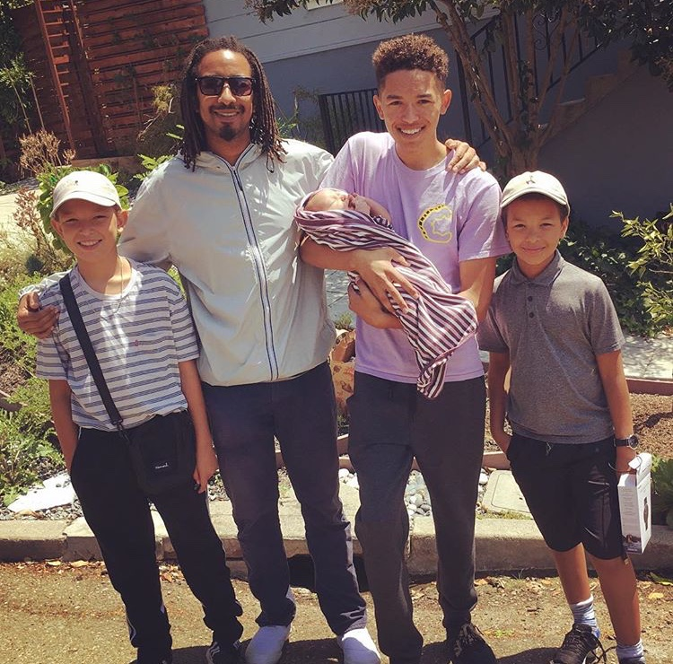 Karl with his children Elan, Jaiya, Jonas and Kaia.