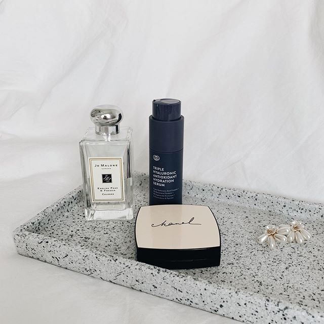 Mid week favourite with our Granite Textured Tray. Sometimes the simplest joy is just simply having an organised home 😍😍 The tray is on Pre-order now till 18 Oct, or when order is full prior. Don't miss it!