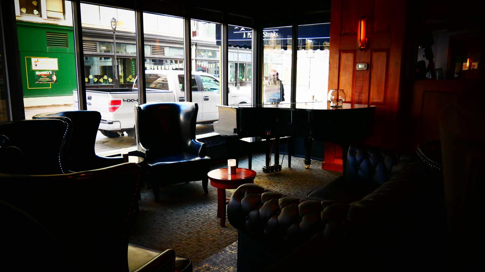 inside-best-steakhouse-downtown-mke.jpg